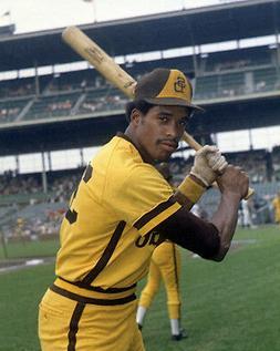 1976 San Diego Padres DAVE WINFIELD Glossy 8x10 Photo Baseba