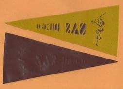OLD RARE SAN DIEGO PADRES PREMIUM ETCHED MINI PENNANT Unsold
